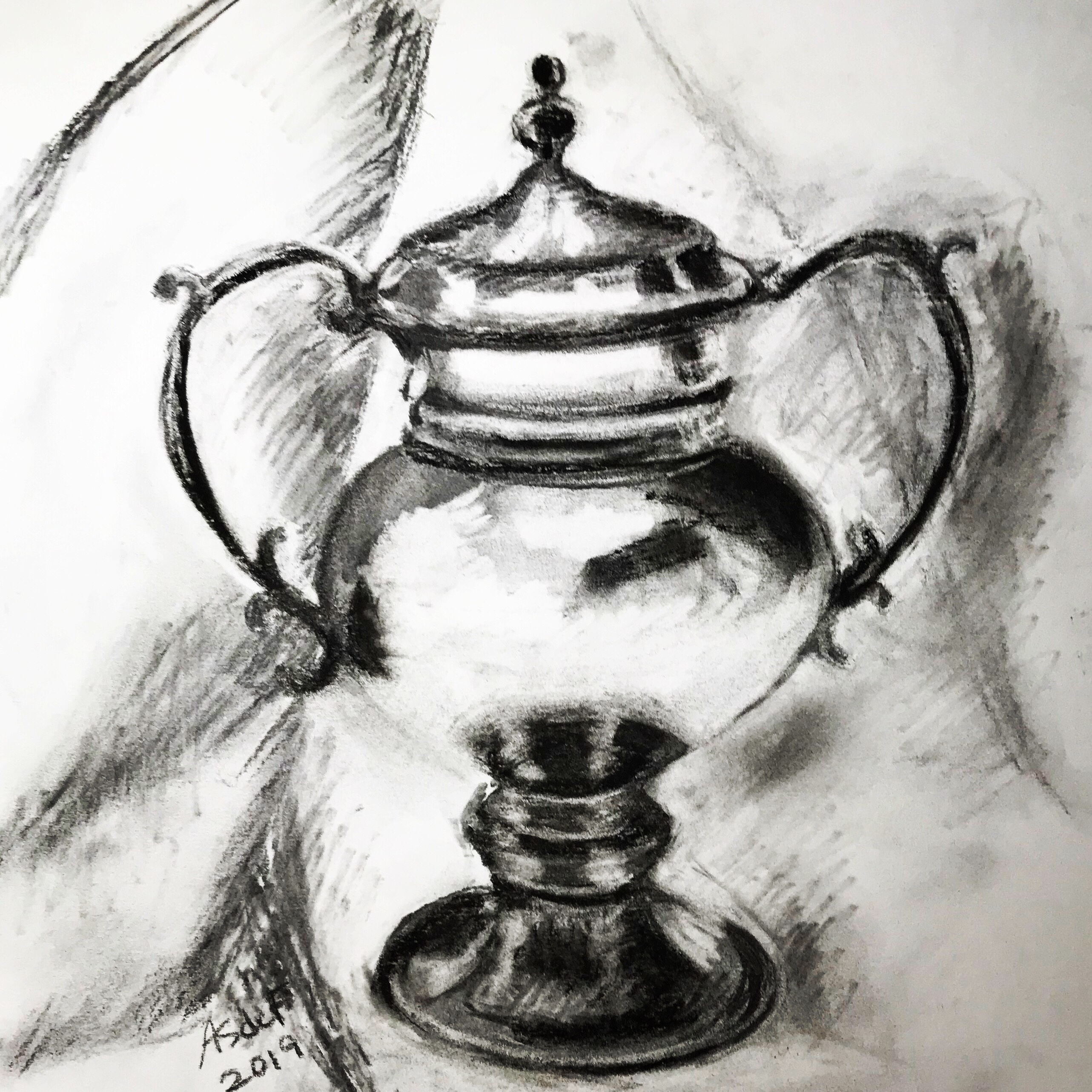 Silver vase drawing